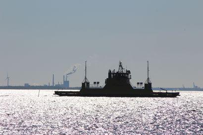 Alasalmen lossin kantavuus on vähentynyt Vaalassa – pienempi lautta käytössä iltaan saakka