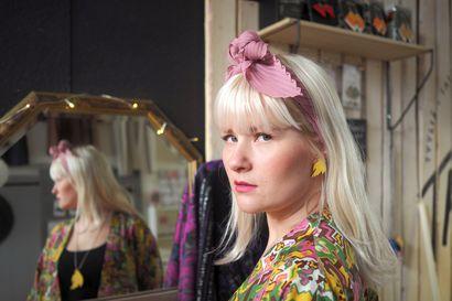Psykoterapia auttoi oululaista Emilia Aarniota avaamaan lauluissaan myös henkilökohtaisia asioita