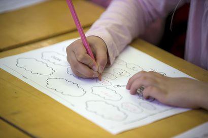 Kaikki 1.–3.-luokkalaiset saavat mennä kouluun Raahessakin – Etäopetusta suositellaan edelleen kaikille