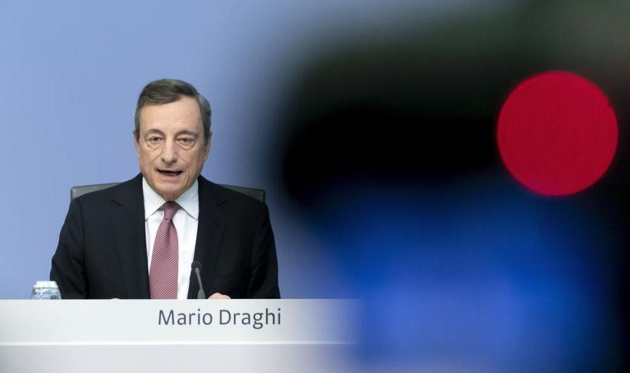 Mario Draghin luotsaama Euroopan keskuspankki teki elvytyspäätöksiä. Seruaavaksi Draghi kehottaa jäsenmaita samaan.