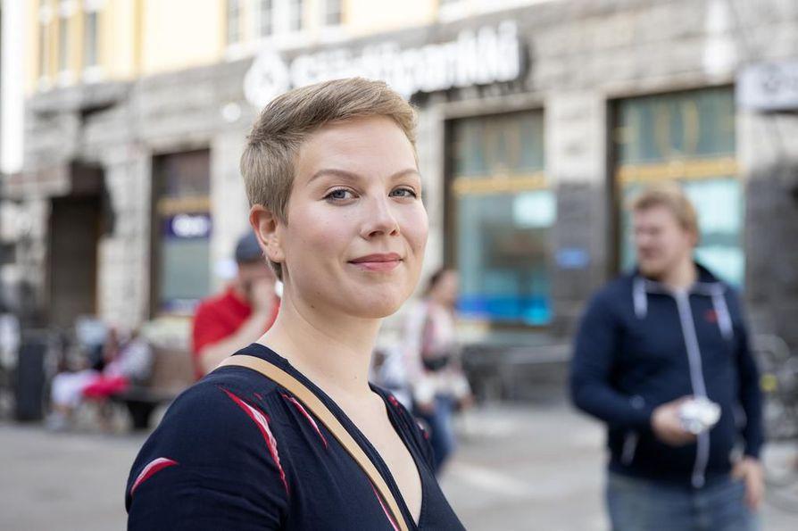 Vihreiden oululainen kansanedustaja Jenni Pitko on nauttinut ensimmäisistä kuukausista eduskunnan ilmapiirissä.