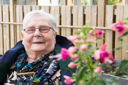 Meeri, 97, ulkoilee ahkerasti päivittäin – moni muu ei pysty samaan