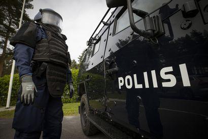 Poliisi pohtii kuntien laskuttamista putkaan vietävistä päihtyneistä – Poliisiylijohtaja: Minua hävettää se, että poliisi joutuu ruikuttamaan rahaa