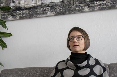 Irtiotto mediakuplasta vei muistiyhdistykseen - Politiikka ja vaikuttaminen näyttäytyy uudessa valossa Meri Alaranta-Saukolle