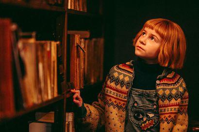 Arvio: Todentuntuinen monsteritarina lapsille lainaa elementtejä kauhuelokuvista