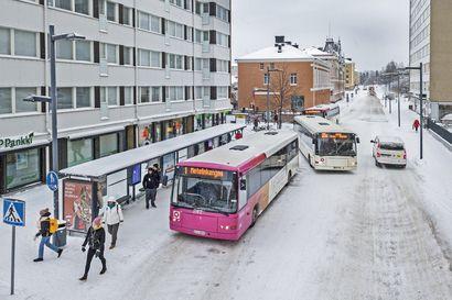 Oulun joukkoliikenteeseen tulee lisää vuoroja ja kokonaan uusi linja, kaupungin kustannukset laskevat – katso, mitkä linjat muuttuvat syksyllä