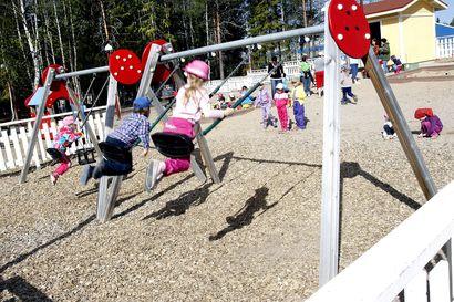 Päivähoitoon negatiivisen tuloksen jälkeen – Lasten infektiolääkäreiden ehdotus sallia lieväoireisten lasten päivähoito ilman testiä yllätti Lapin tartuntatautilääkärit