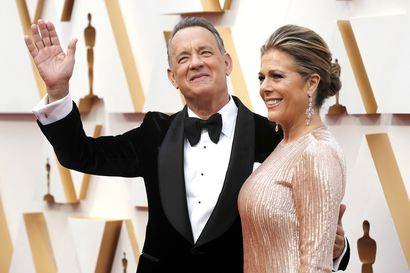 Tom Hanksilla ja Rita Wilsonilla vahvistettiin koronavirustartunta kesken kuvausten Australiassa – pariskunta on sairaalahoidossa