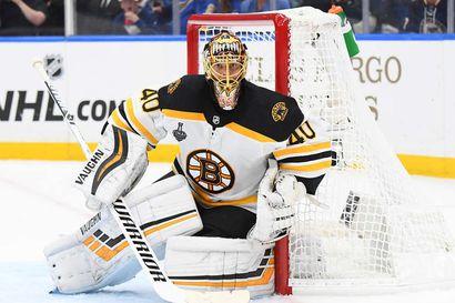 Tuore kolmannen tyttären isä Tuukka Rask vihjailee pitkästä jatkosta NHL-liigassa