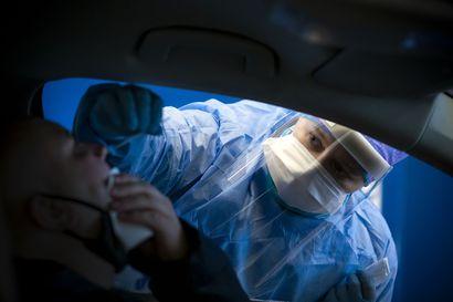 """Johtajaylilääkäri: """"Olisi järjetöntä jatkaa kaikkien oireisten testausta, kun influenssakausi alkaa"""""""
