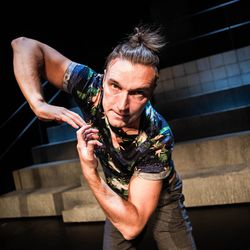 Mylläri ulvoo ja mieli tanssii Petri Kauppisen ohjaamassa musikaalissa