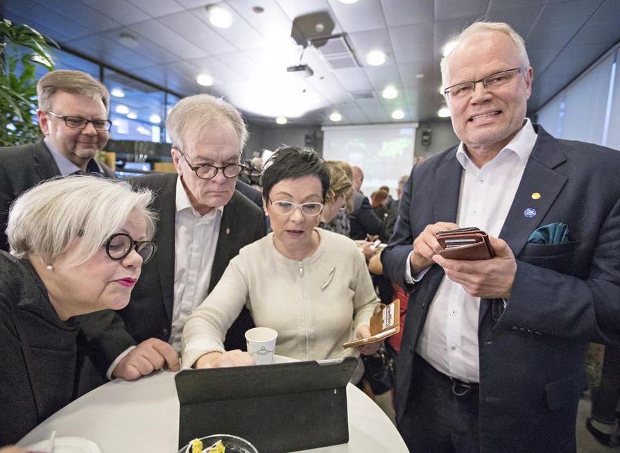 Oulun vaalivalvojaisia vietettiin Technopoliksessa.