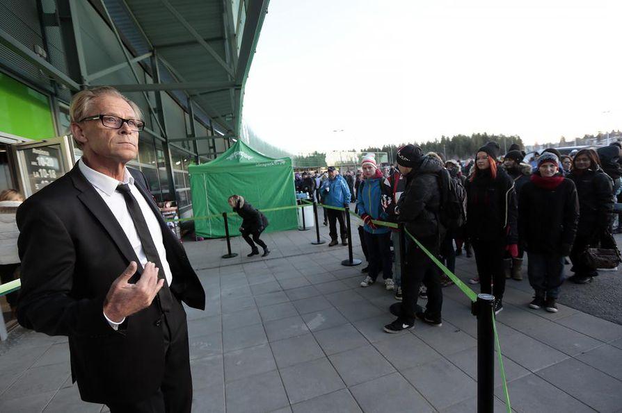 Toimitusjohtaja Toivo Sukari  oli mukana Ideaparkin avajaisissa vuosi sitten.