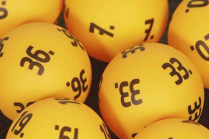 Loton potti kohoaa 2,4 miljoonaan euroon - Kolmelle 57 200 euron voitto 6+1 -tuloksilla