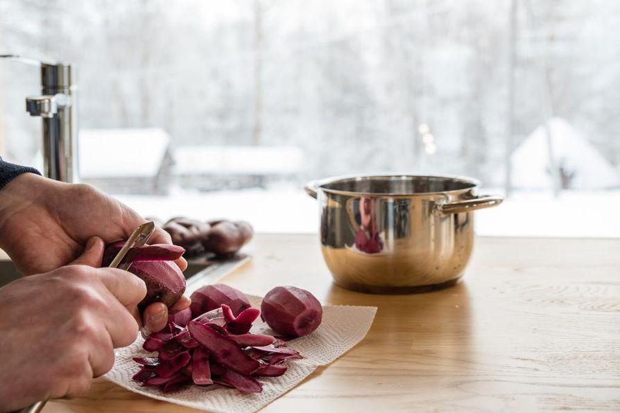 Punaisia perunoita tulee kauppoihin joulukuussa.