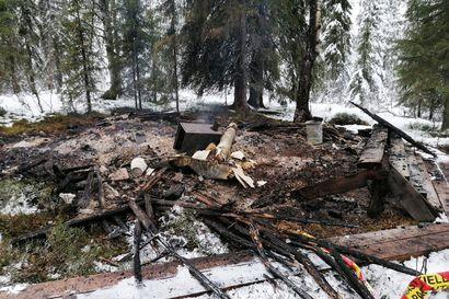 Autiotuvissa tulipalovaara – Vaara-Salmisen tuvan tulipalon myötä paloturvaan huomiota