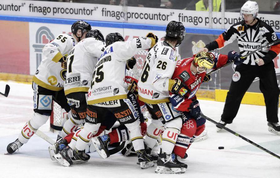 Illan ottelu on Kärppien ja Helsingin IFK:n jo kauden 12 keskinäinen kohtaaminen.