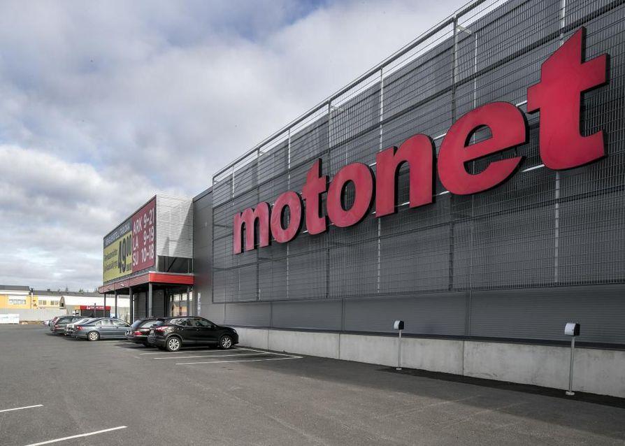 Oulussa on entuudestaan Motonet Vasaraperän alueella.