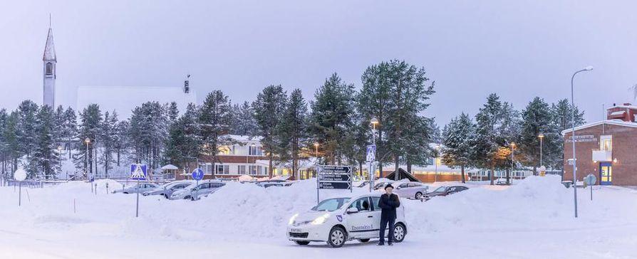Enontekiön seriffiksi on jo ilmoittautunut Antti Tonteri. Hänellä on vankka paikallistuntemus, ja tämänhetkisenä päivätyönään hän tekee maastotarkastuksia.