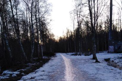 Lukijan kuva: Hiihtolatu näyttää hieman erilaiselta Oulussa kuin Kuusamossa