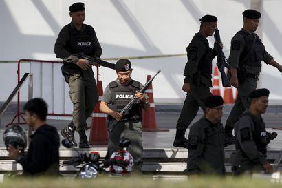 """Suomen Thaimaan-suurlähettiläs: """"On ihmetelty, miten sotilas pystyi varastamaan aseita ja ammuksia varuskunnasta"""" – Mielenterveyspalveluista on myös keskusteltu"""
