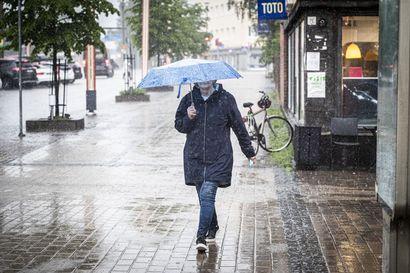 """Ennuste: Juhannus saapuu Lappiin sadekuurojen saattelemana – meteorologi: """"Helteistä taitaa olla turha uneksia"""""""