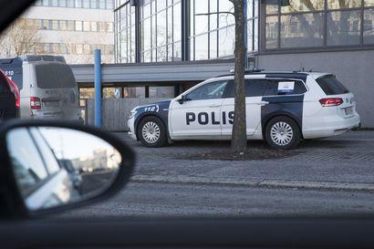 Poliisi pyrkii pienentämään päästöjään sähköistämällä: ylivoimaisesti suurin päästölähde ovat autot