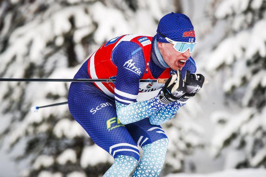 Iivo Niskanen oli neljäs 15 kilometrin vapaan kisassa Sveitsin Davosissa.