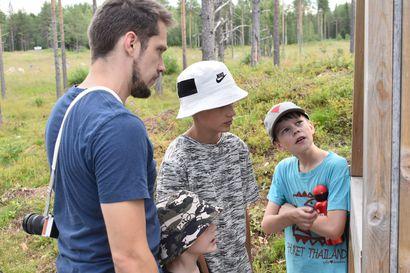 """Sodanaikaiset kohteet turistien suosiossa – hyvässä kunnossa olevaa Lahtelan Salpalinjaa tullaan ihailemaan ympäri maata: """"Kyllä lapsille on näytettävä, mitä Suomen historiassa on tapahtunut"""""""