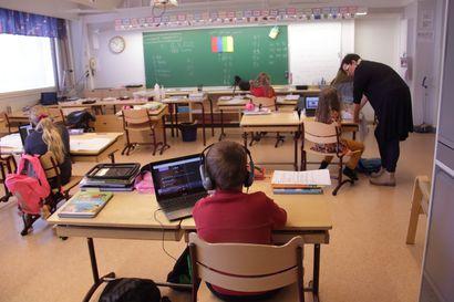Oulun palkkaa lisää opettajia – mutta onko se pelkkä laastariratkaisu?