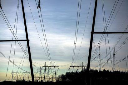Puheenvuoro: Sähkönsiirron todelliset kustannukset ovat olleet 30–40 prosenttia listahintoja alemmat – kohtuullisuus pitää määritellä laissa