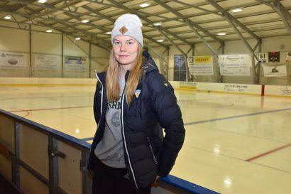 Posiolainen pelaa maailmanmestaruudesta – Sini Karjalainen valittu naisten MM-kisajoukkueeseen