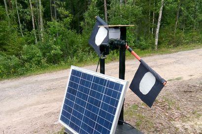 Voittaja-Penassa on aurinkopaneeli, liiketunnistin sekä petoa imitoiva valo- ja äänijärjestemä –kilpailu etsi ratkaisuja porojen kulkuesteiksi