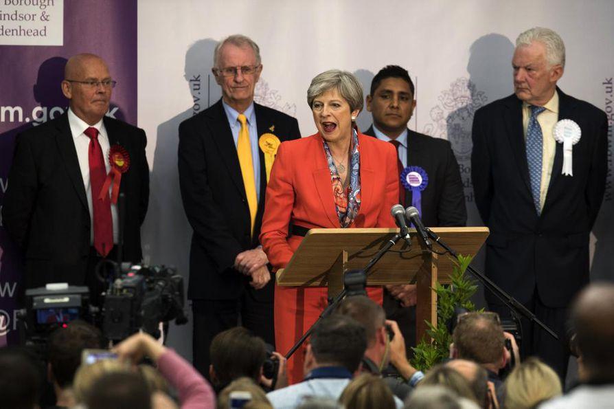 Theresa May piti puheen Maidenheadissa aamuyöllä.