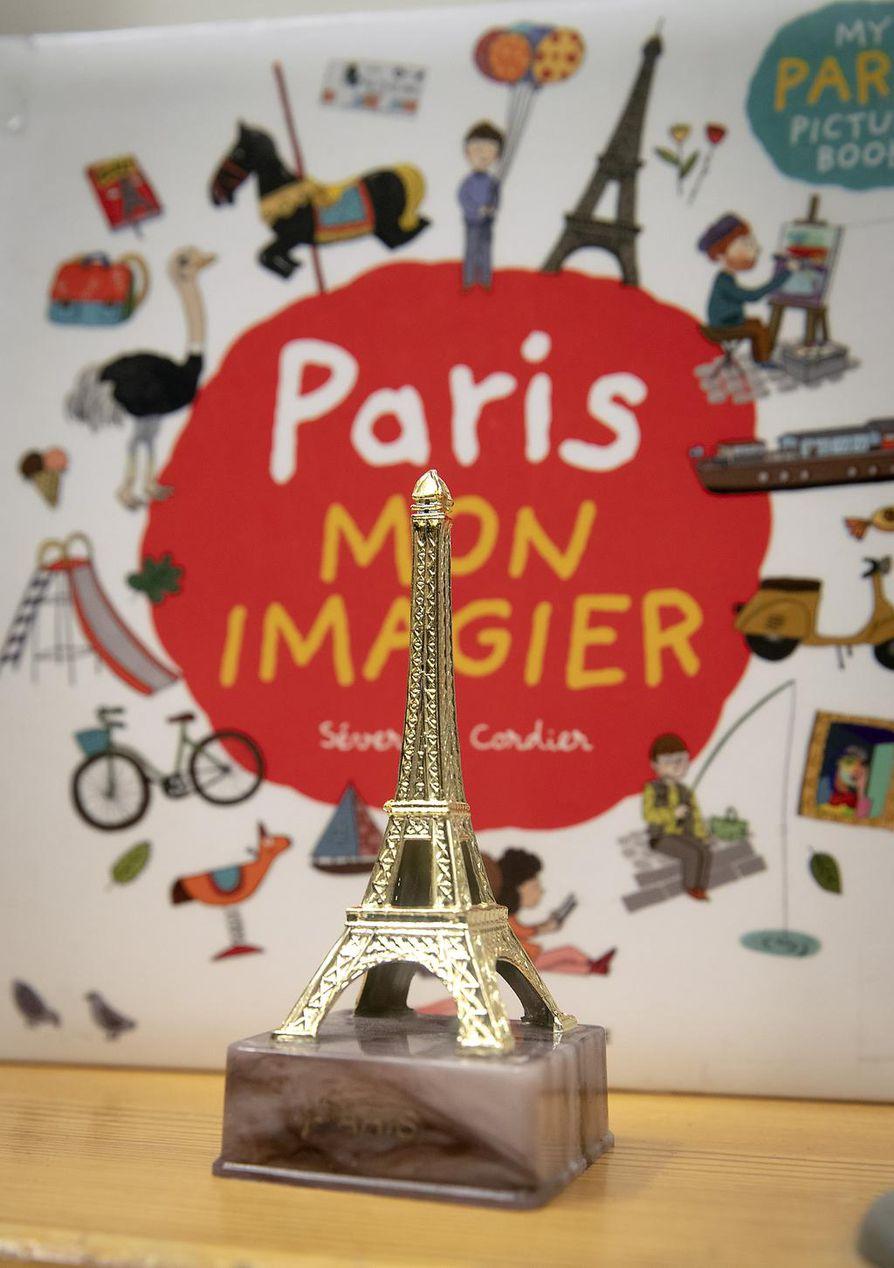 Ekaluokkalaiset ranskanopiskelijat opiskelevat kieltä menetelmin, jotka eivät vaadi luku- tai kirjoitustaitoa.