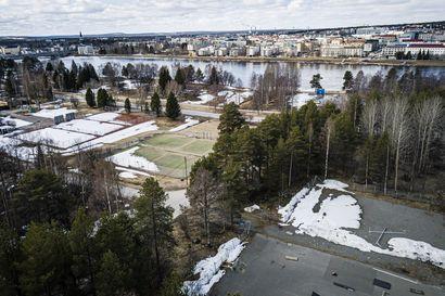 Rovaniemen erä- ja luontokulttuurimuseohanke siirtyy kaupunginvaltuuston arvoitavaksi – Kaupunginhallitus palauttaa Antinpuiston alueiden vuokraamisen uudelleen valmisteluun