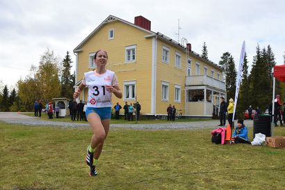 Johanna Peiponen Kaarlon juoksuun – Juoksutapahtuman järjestävä Posion Pyrintö markkinoi Kaarlon juoksua kaiken kansan liikuntatapahtumana