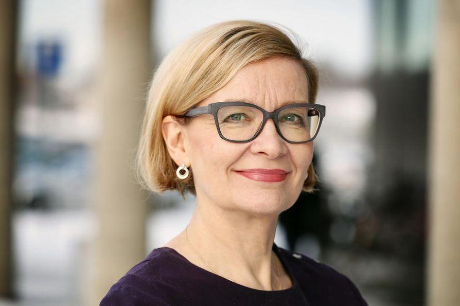Sisäministeri Paula Risikko vieraili Oulussa.
