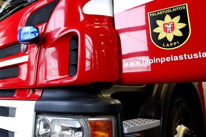 Tervolassa tiellä 926 työkone syttyi palamaan – Tilanne on ohi