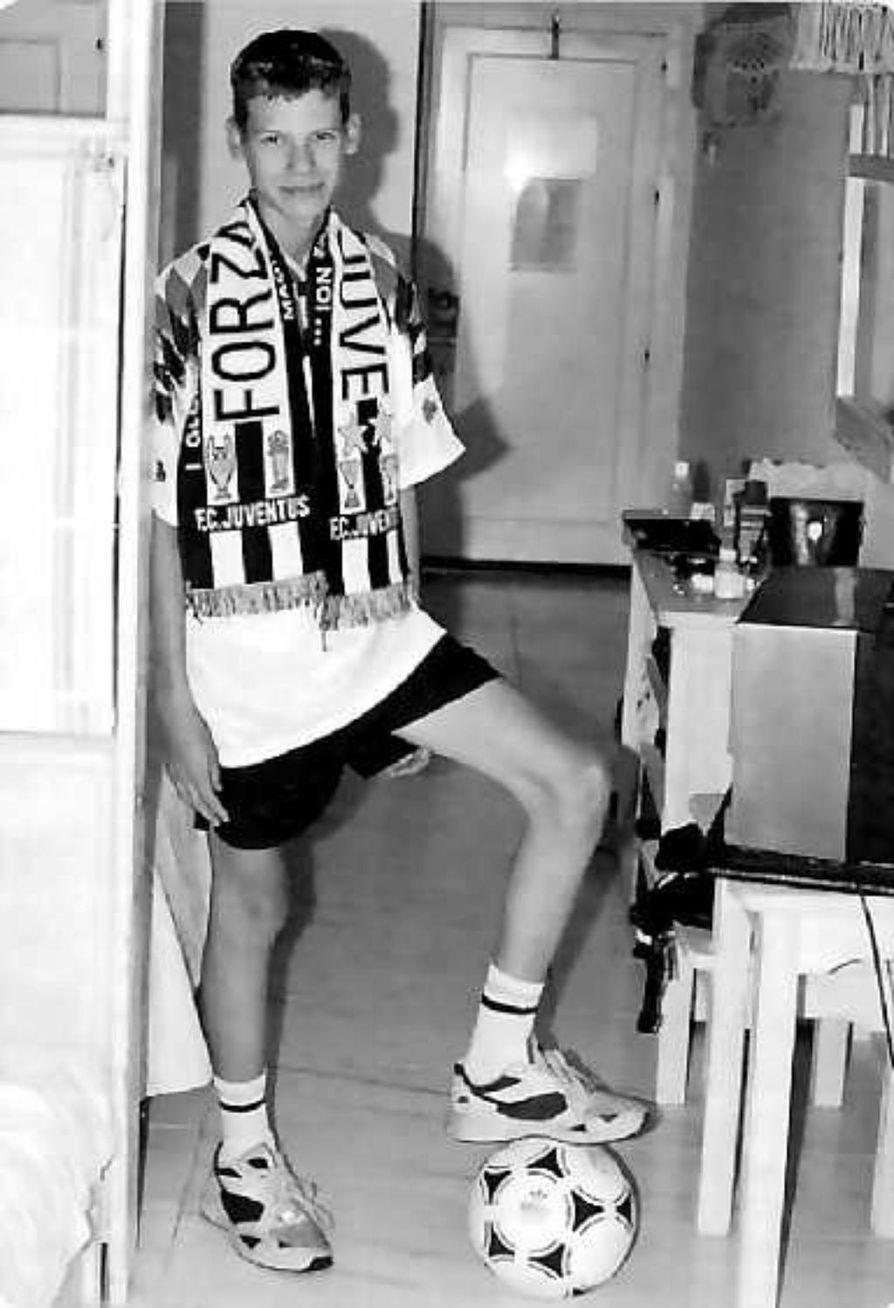 Lahjakas urheilija. Petri Gerdt pelasi useita vuosia koripalloa ja voitti jopa pokaaleja. Vielä räjähdystä edeltävänä iltana hän oli ollut harjoituksissa ja sopinut seuraavasta pelistä.