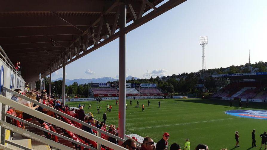 Alfheim stadionilla voi seurata norjalaista huippujalkapalloa.