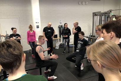 Voimanosto elää nyt nousukautta Kuusamossa – kaikki halukkaat eivät mahtuneet edes kurssille
