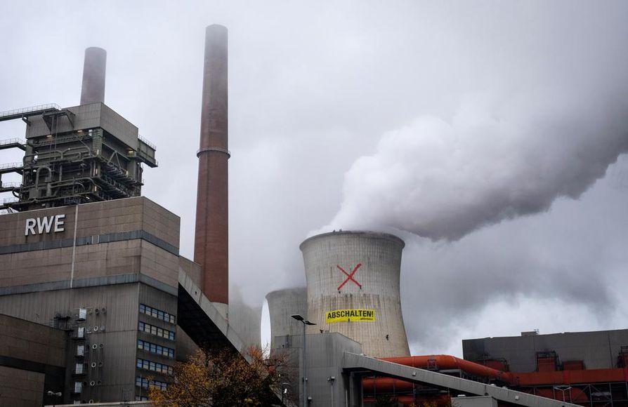 UNEP:n raportissa olivat Euroopasta mukana Saksa ja Britannia. Ympäristöjärjestö Greenpeace teki mielenosoitusiskun saksalaisen RWE:n ruskohiilivoimalaan maanantaina.