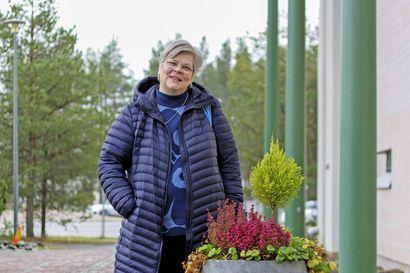 """Erään nuoren kysymys rippikoulussa kiteyttää nuorisontyönohjaaja Pia Rättyän sitoutumisen tehtäväänsä –""""Tykkään työstäni valtavasti"""""""