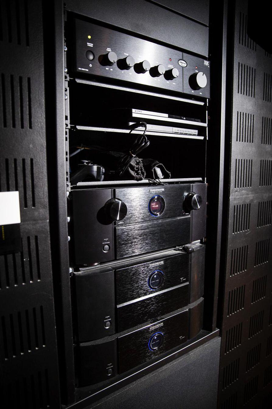 Äänentoisto voi maksaa 1500 eurosta jopa kymppitonniin.