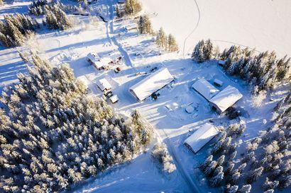 Aittajärvi rallataan maailmankartalle – MM-sarjan tähtikaarti puhkoo Niemelän pihapiirin kahteen kertaan