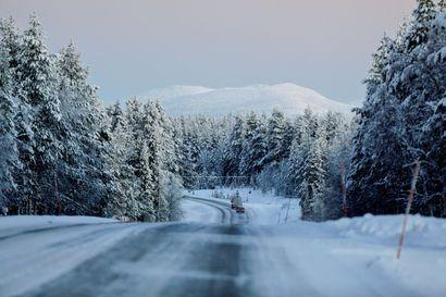 Pakkanen kiristyy Lapissa koko torstain ajan, mutta sen jälkeen lämpenee nopeasti – jouluaatoksi tulossa lumisateita