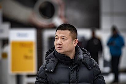 """Kiinalainen tarhuri vakuuttaa toiminnan olevan laillista – Suomalaiset löytävät epäkohtia: """"Suomessa laki ilmeisesti koskee vain suomalaisia"""""""