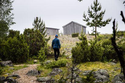 30 vuotta täyttävässä Perämeren kansallispuistossa tehdään kesällä kunnostustöitä – myös Oulun seudun saarten retkeilyrakenteita kunnostetaan