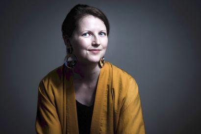 Kuva kanadalaisesta naisesta majakanvartijana sytytti Maisku Myllymäen mielikuvituksen – syntyi esikoisromaani kahden naisen kohtaamisesta yksinäisellä saarella